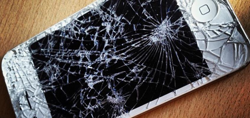 Máte rozbitý displej na telefonu? Nezoufejte!