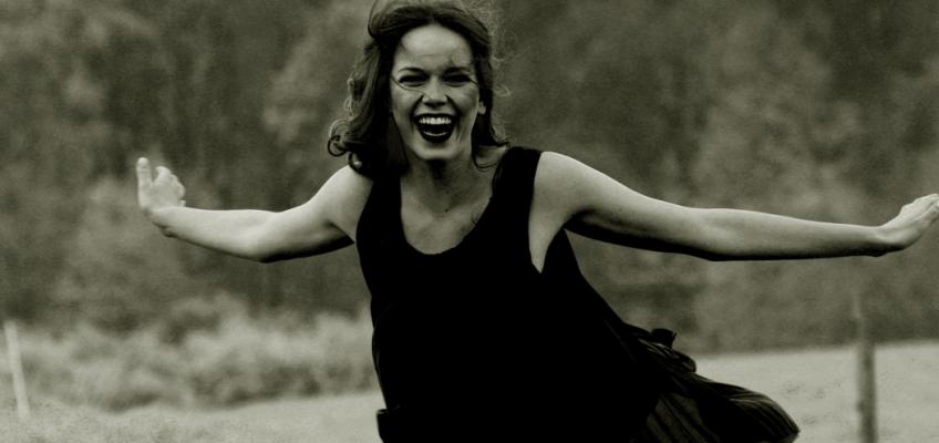 Zpěvačka Karolina Gudasová: Svojí práci miluji, mým snem je dostávat krásné role