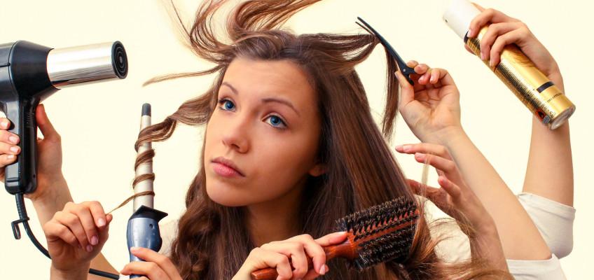 Jak bojovat s poškozenou vlasovou pokožkou?