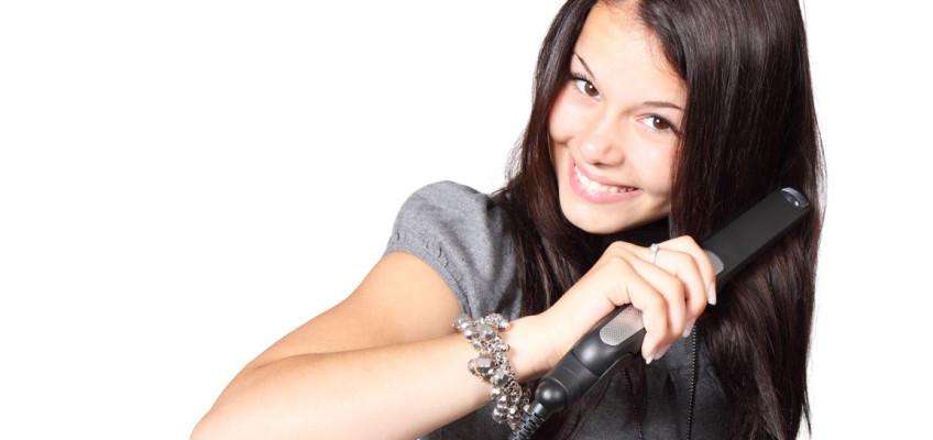 Jak pečovat o barvou poničené vlasy