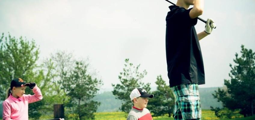 Buďte parťákem 400 dětem v roce 2016 a U. S. Kids Golf Tour