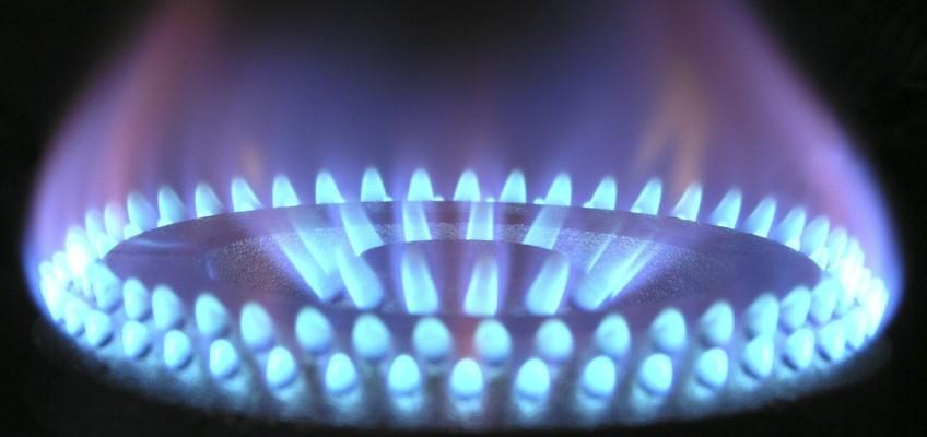 Změně dodavatele energií se většina Čechů brání, ušetřit tak přitom lze několik tisíc ročně