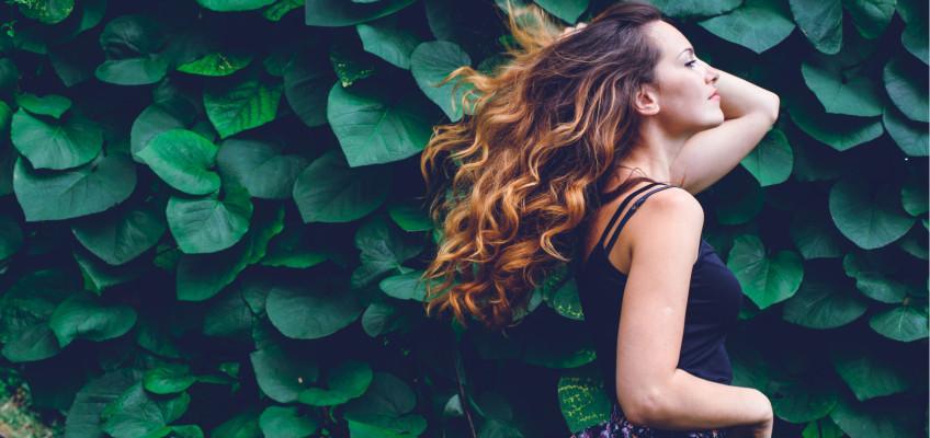 Jak na jarní restart pro vaše vlasy