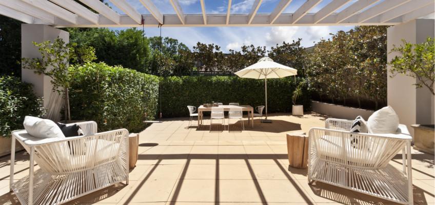 Sezónní bydlení: zařiďte si svůj druhý obývací pokoj na čerstvém vzduchu!