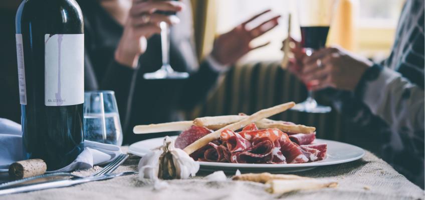 6 tipů, jak se s návštěvami restaurací vejít do rozpočtu