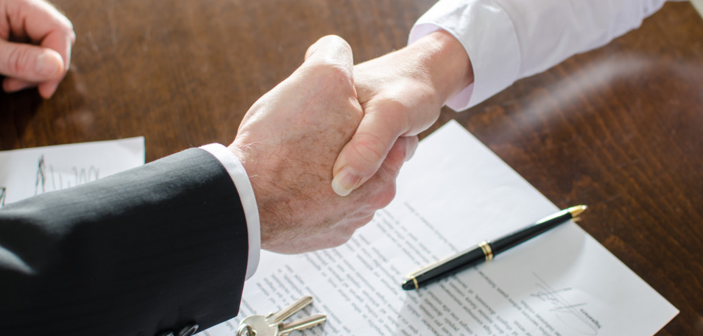 Opřete se při nákupu nemovitosti o profesionály. V čem vám mohou pomoci Creative Commons (shutterstock.com)