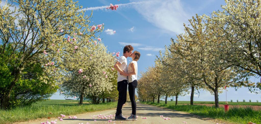 První máj se blíží. Kam vyrazit oslavit nejromantičtější den v roce Creative Commons (shutterstock.com)