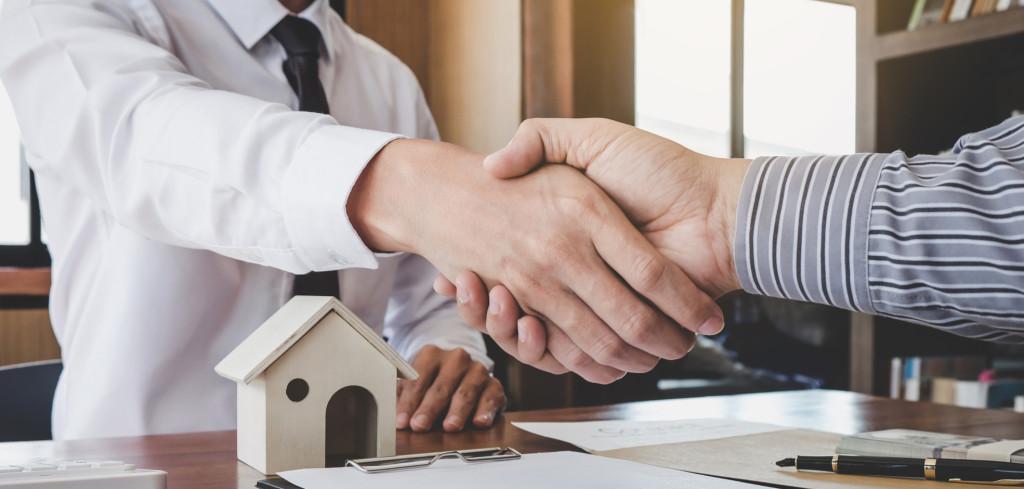 Vyhněte se rizikům, které ohrožují bezpečnou koupi nemovitosti Creative Commons (shutterstock.com)