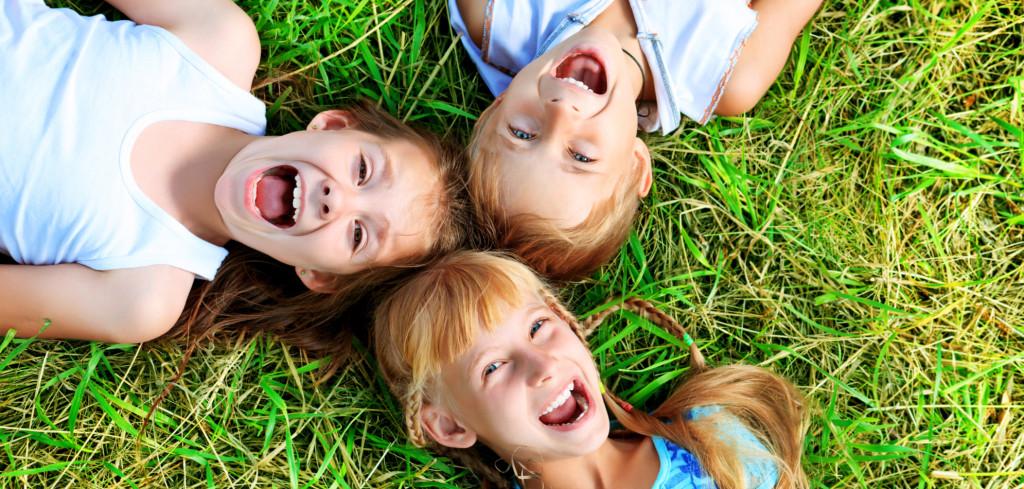 Představení pro děti, která jim vykouzlí úsměv na tváři. Kam na ně Creative Commons (shutterstock.com)