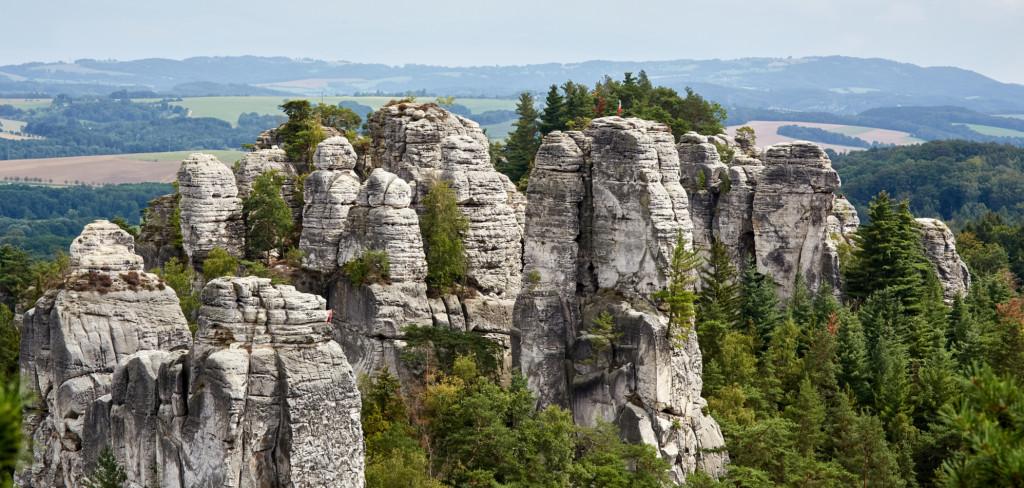 Zahajte letní prázdniny v Českém ráji. Máme pro vás tipy na výlety s celou rodinou Creative Commons (shutterstock.com)