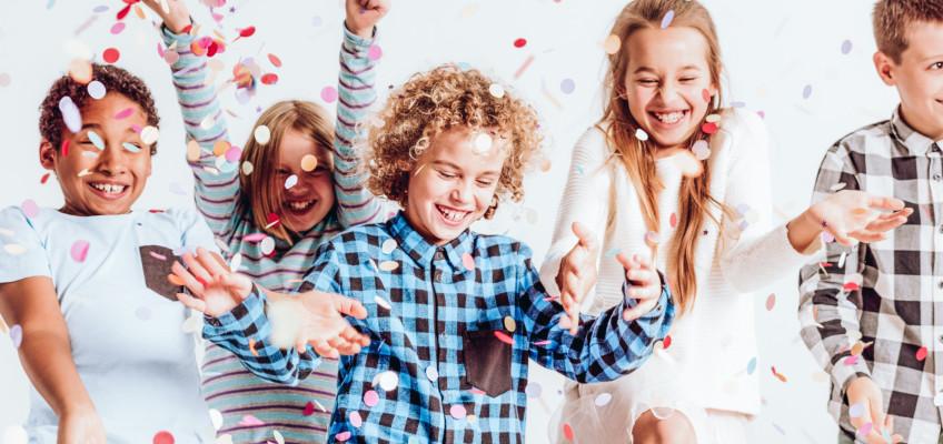 Fešák Píno a jeho kamarádi baví děti bez přestání už deset let