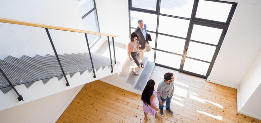 Prohlídka nemovitosti se znalcem pomáhá otevřít kupujícím oči a ušetřit nemalé náklady