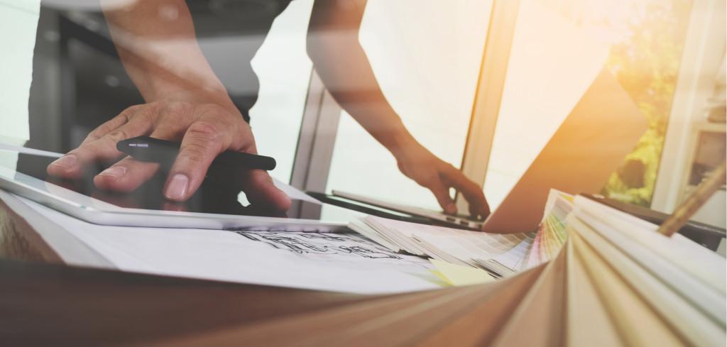 Interiérový designér nejsou vyhozené peníze. Jak pracuje a s čím vám může pomoci Creative Commons (shutterstock.com)