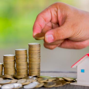 Nemovitosti jsou nadhodnocené o desítky procent. Kam se bude trh vyvíjet dále?