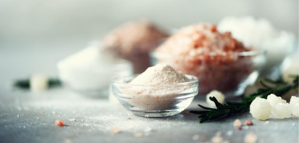 Kosmetika s minerály z Mrtvého moře prospívá pleti i vlasům Creative Commons (shutterstock.com)