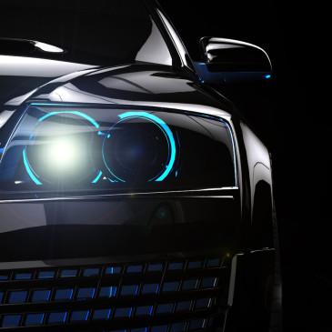 Stmívá se čím dál dříve. Máte připravená vhodná světla do auta?
